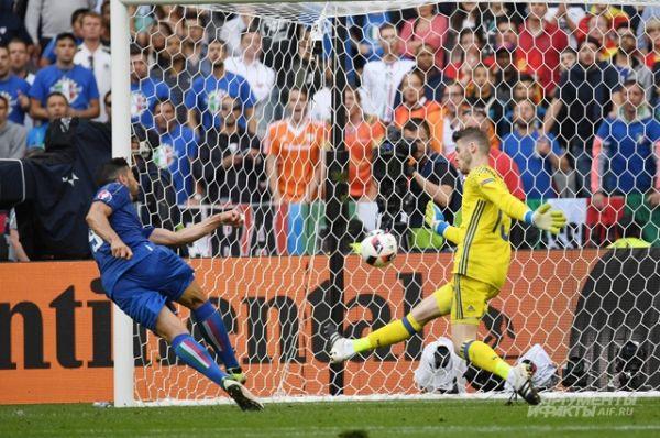 Сборные Испании и Италии уже игравшие друг с другом в финале Евро – 2012, встретились на «Стад де Франс» в Париже.