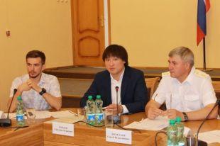 Сангаджи Тарбаев и прокурор ЧР Сергей Легостаев