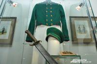 На выставке представлена военная форма в исторической ретроспективе.