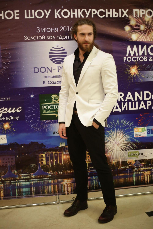 Победа же в конкурсе даёт возможность уже через месяц побороться за титул «Мистер Россия». Финал конкурса пройдёт в городе Курске.