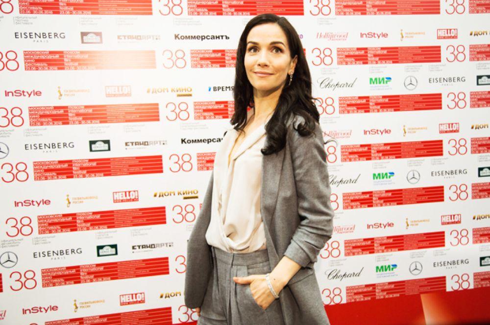 Певица и актриса Наталья Орейро представляла на Московском Международном Кинофестивале документальный фильм рёжиссера Мартина Састре «Наша Наташа».