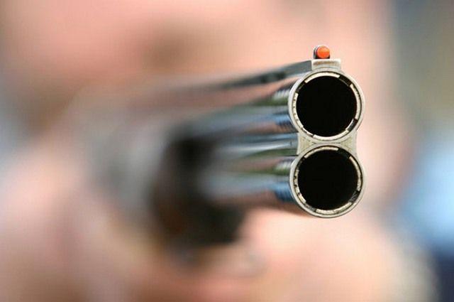 Мужчина был вооружен охотничьим карабином