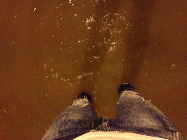 Жители Харькова выразили свое недовольство по поводу того, что канализационная система работала очень плохо