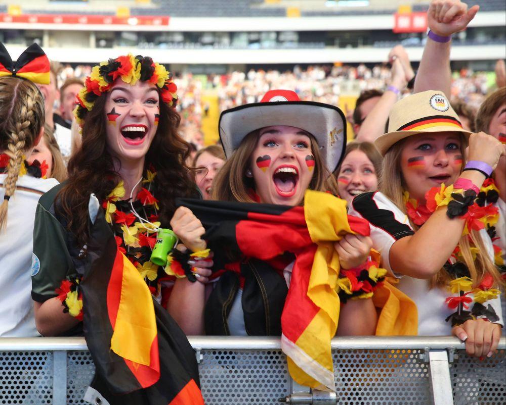 Германские фанатки