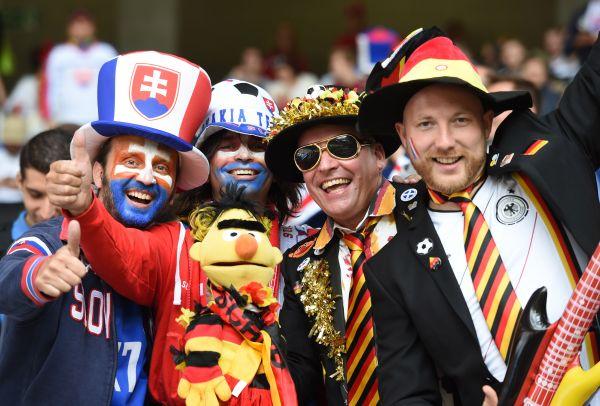 Фаны Словакии и Германии вместе