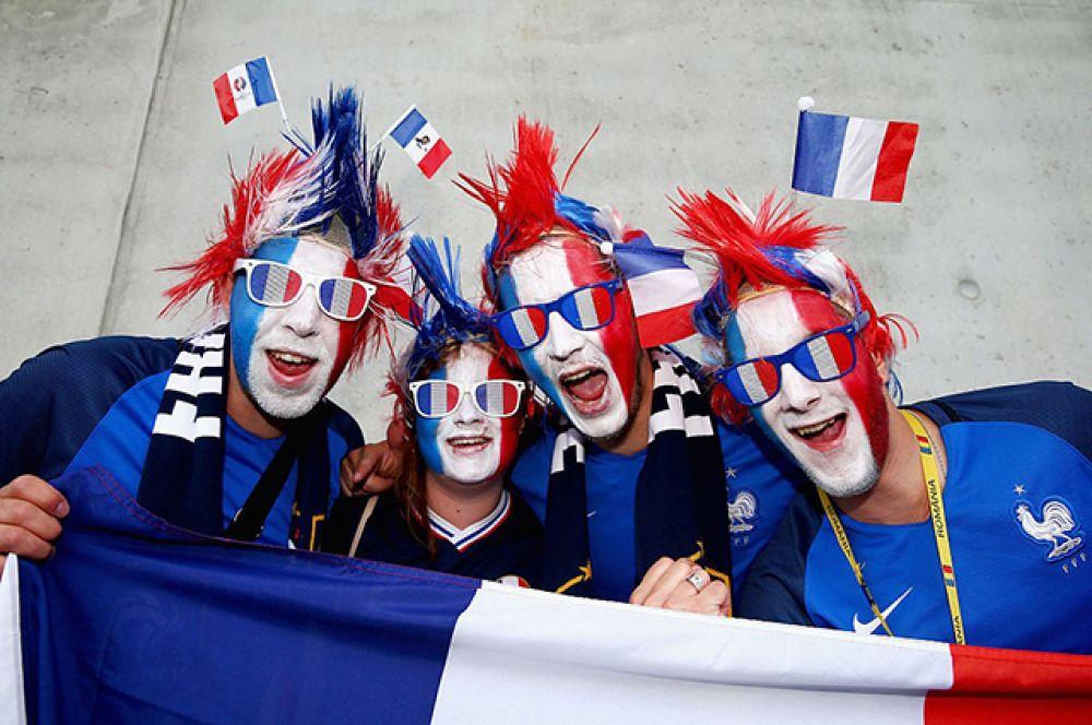 Колоритные фанаты сборной Франции