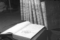 Первое издание французской энциклопедии 1762 года — хранится в научной библиотеке Вильнюсского государственного университета.