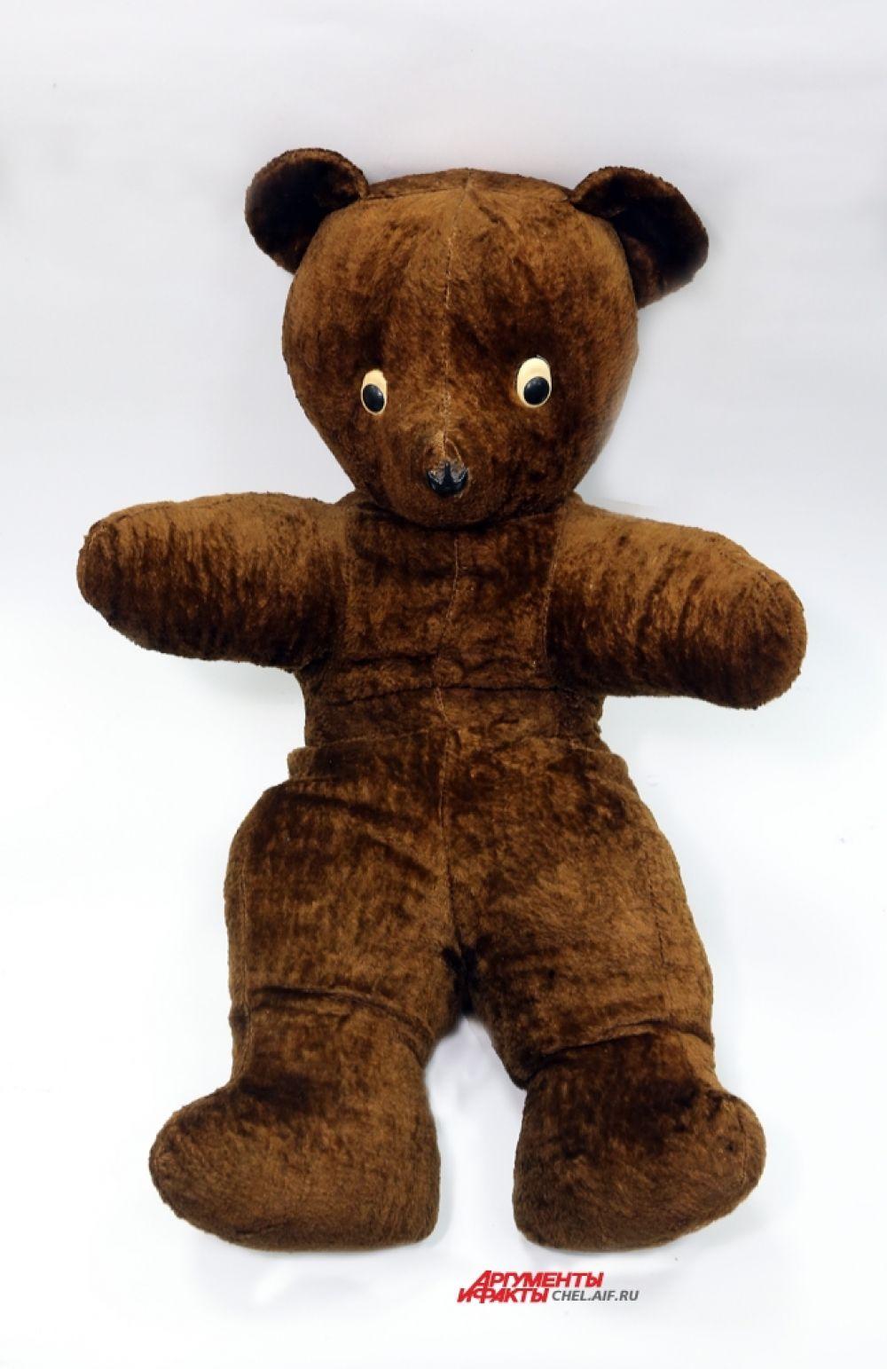 Медведь (опилки,вата)