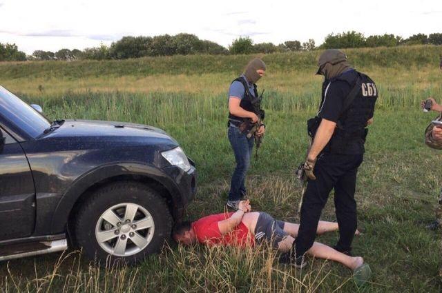 Задержание одного из подозреваемых