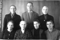 Константин Петрович на фото справа, в верхнем ряду.