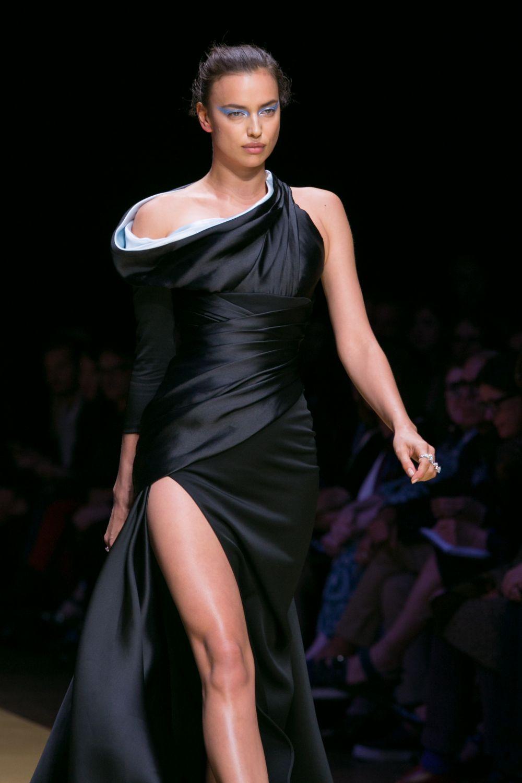 Каждая женщина будет эффектно смотреться в таком платье