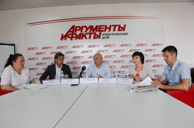 Анна Юткелите, Павел Степанов, Александр Попов, Татьяна Калугина и Сергей Захаров