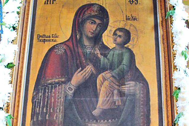 В Калининград привезут подлинную икону Тихвинской-Ополченной Божией Матери.