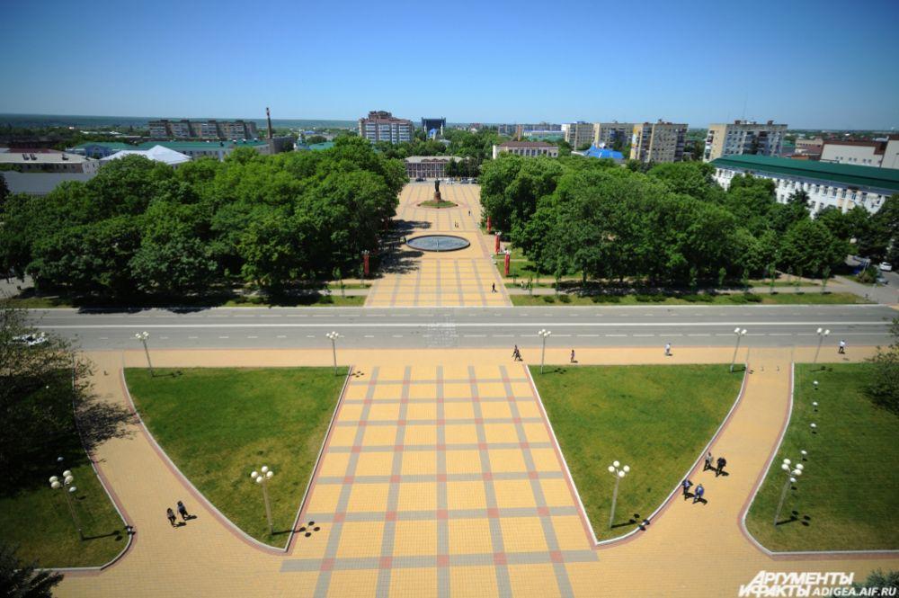Панорама на центр города Майкопа