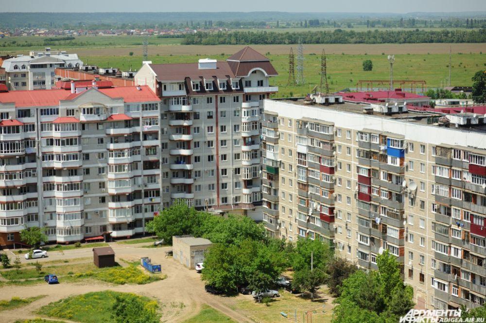 Многоэтажки в Черемушках.