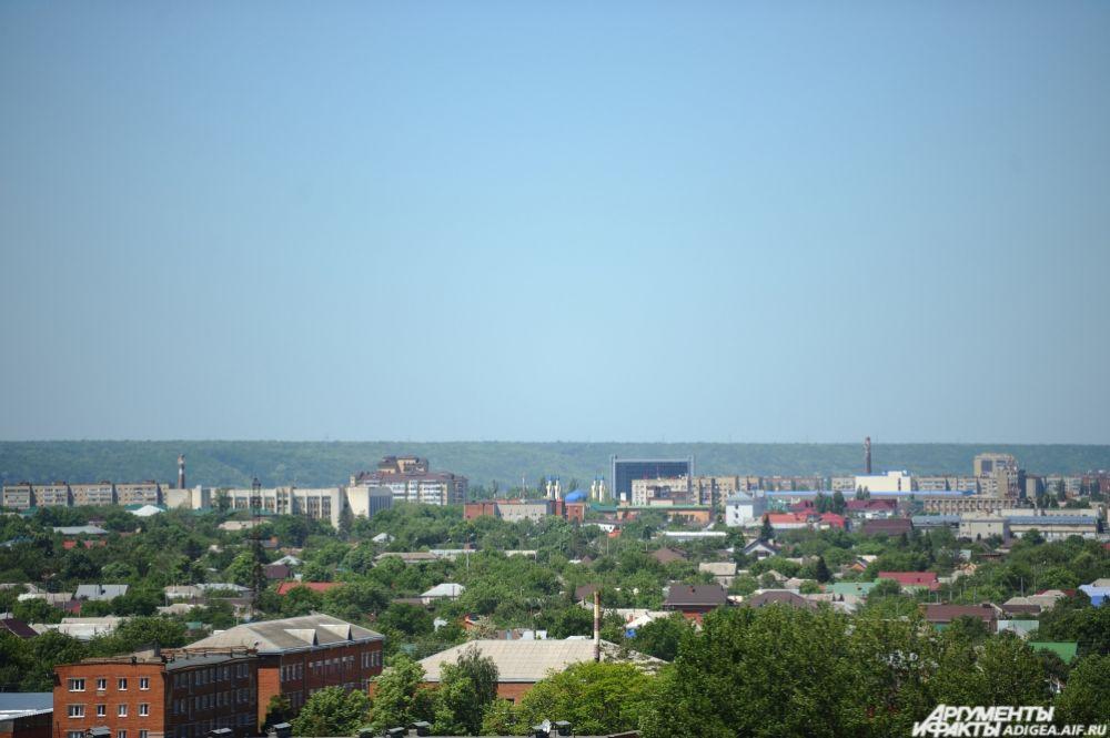 Вид на центральный район Майкопа.