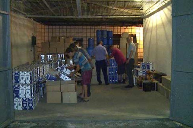 Во время обысков было найдено 10 тонн фальсифицированной элитной алкогольной продукции на сумму около 2 млн грн