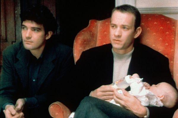 В фильме «Филадельфия» (1994) Том Хэнкс сыграл умирающего от СПИДа гомосексуалиста. Роль принесла актёру премию «Оскар».