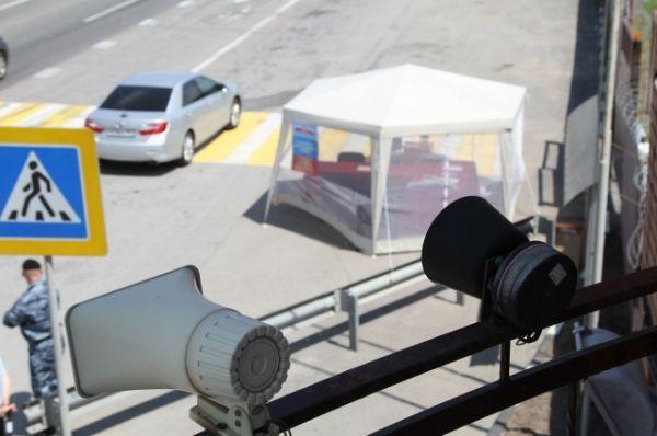 Работу мобильной приемной полицейские специально организовали  таким образом, чтобы не создавать помех транспортному движению. Было  предусмотрено и место, где участвовавшие в опросе граждане могли оставить свои автомобили.