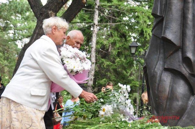 8 июля в нашей стране отмечается Всероссийский день семьи, любви и верности.