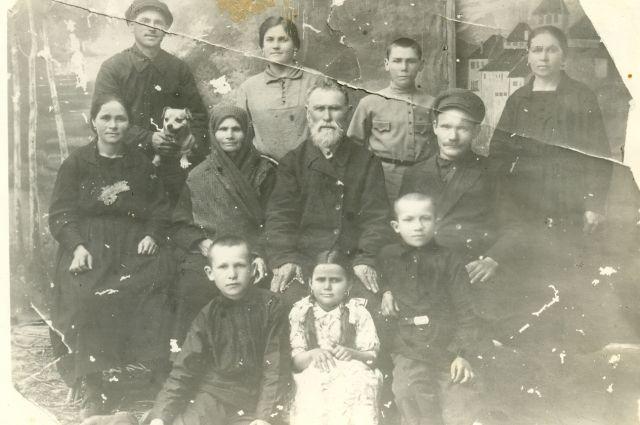 Большая семья Чобитько.