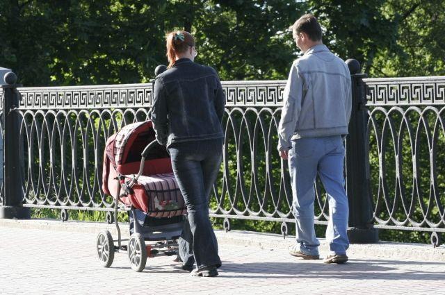 С появлением малыша некоторые родители отдаляются друг от друга.