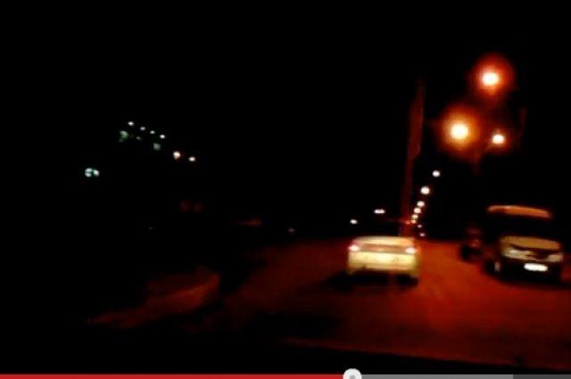 Нарушитель пытался оторваться от патрульной машины на огромной скорости