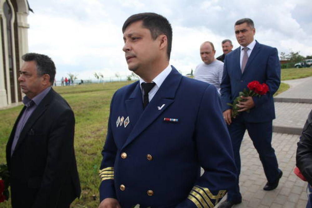 """Бывший капитан """"Арабеллы"""" Роман Лизалин тоже приехал в Сюкеево."""