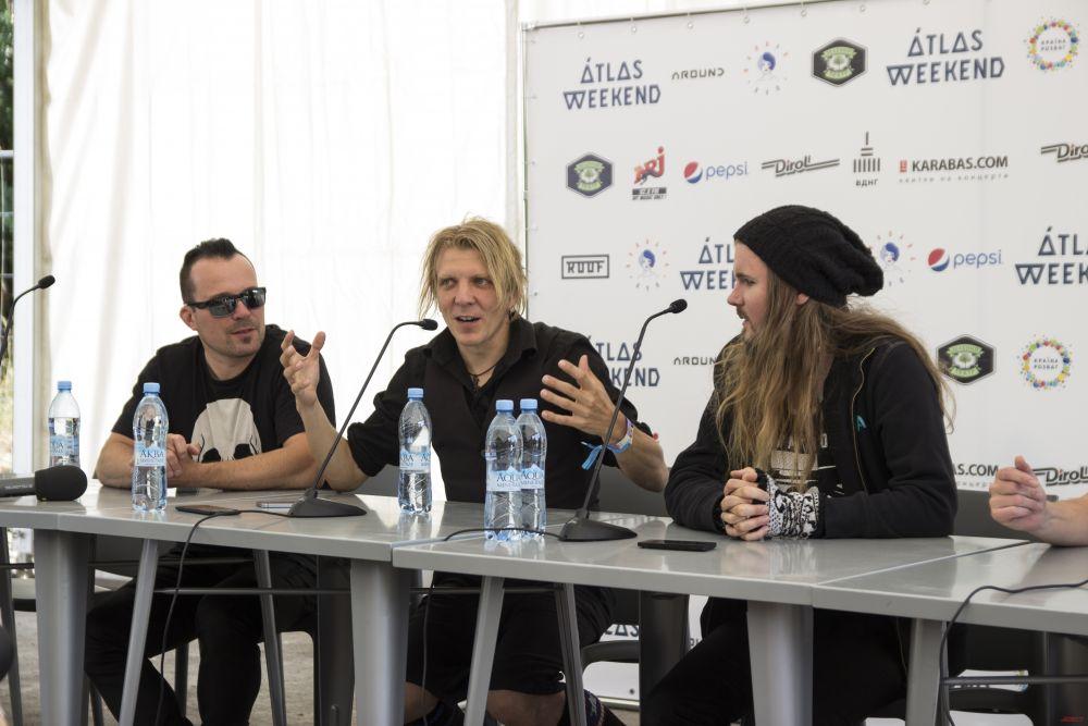 Начался Атлас Викенд с пресс-конференции культовой группы Апокалиптика