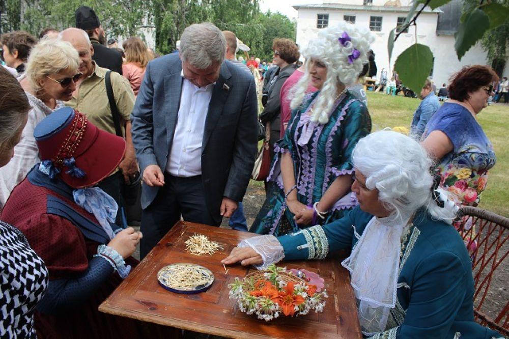 В бирюльки играли и крестьяне, и дворянское сословие.