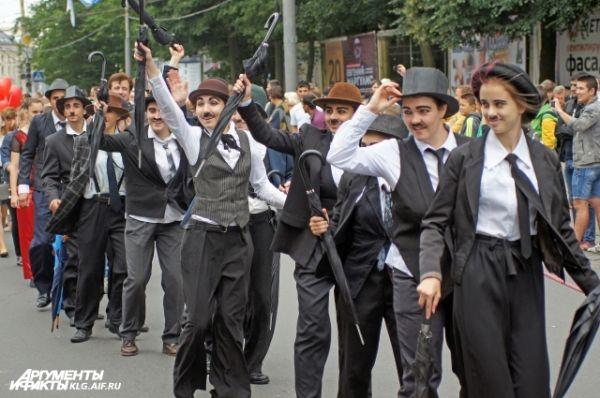 Шоу Чарли Чаплинов от театра