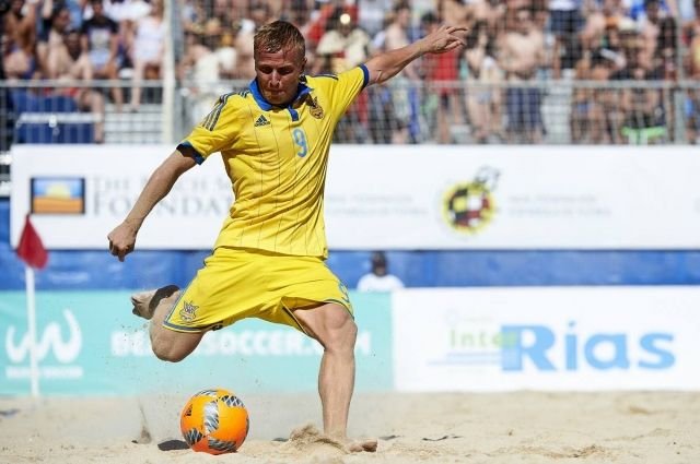 После трех матчей сборная Украины набрала шесть очков и завершила первый для себя отборочный этап на втором месте
