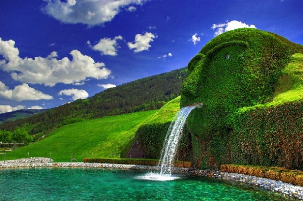 Австрийский фонтан Сваровски в Инсбруке