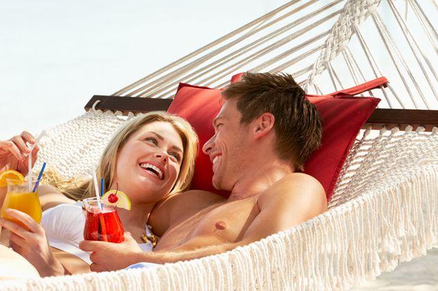 Лишь 5-12% курортных романов перерастают во что-то большее.