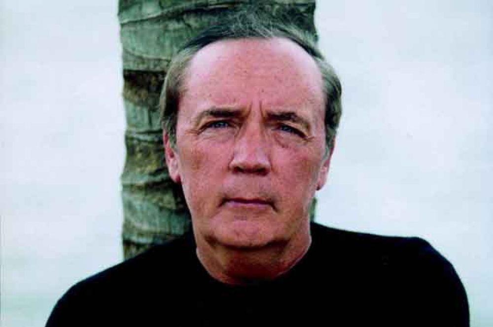 Третье — американский писатель Джеймс Паттерсон — $95 млн.