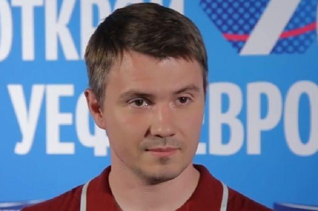 Владимир Стогниенко.