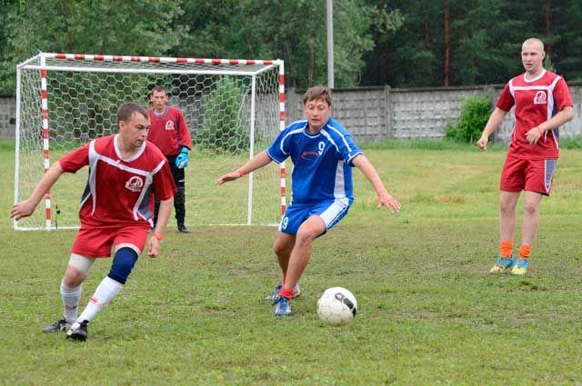 В футболе наши земляки оказались первыми, а в общем зачёте по- лучили «серебро».
