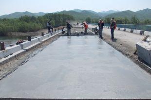 Дороги асфальтируют во всех районах Приморья.