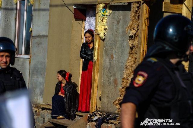 В Плеханове уже снесено 108 незаконных цыганских построек