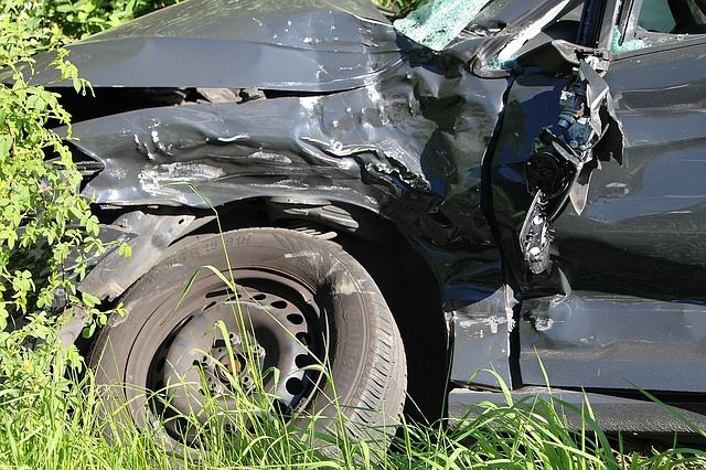 По неосторожности водителя погибли два человека.