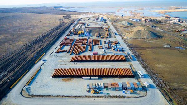 На стройплощадку завезено более 3 млн тонн стройматериалов и металлоконструкций: от песка и щебня до труб для свайных фундаментов