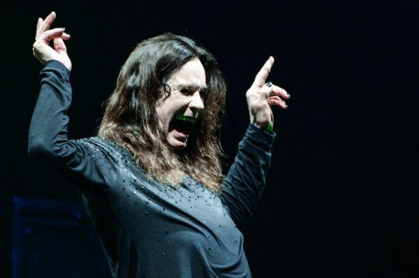 Первой собственной песней группы стала «Black Sabbath», написанная под впечатлением от одноимённого фильма ужасов 1963 года.