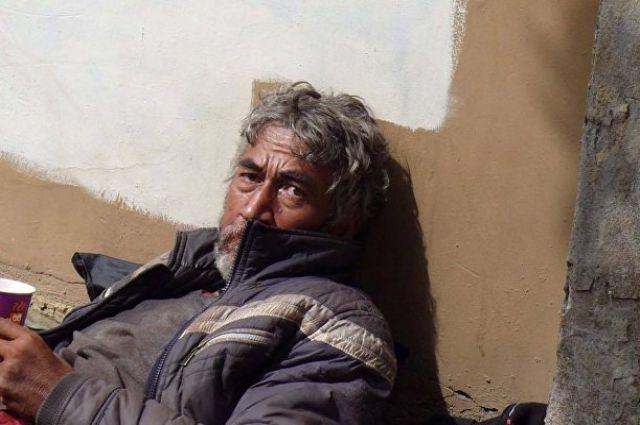 Прежде чем попасть на улицу, Зафар был писателем и режиссером.