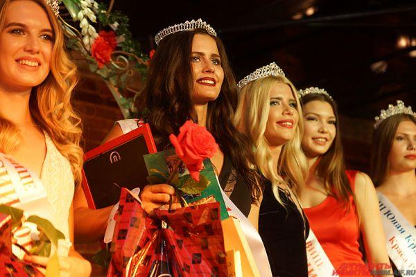 Помимо этого Анастасия завоевала титул «Мисс бикини».