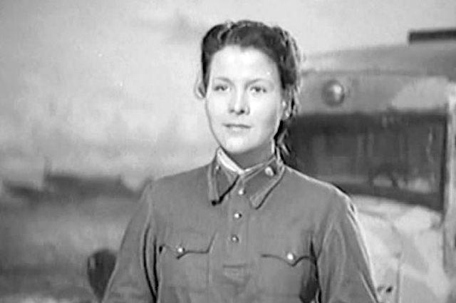 Нина Мазаева в фильме «Небо Москвы», 1944 год.