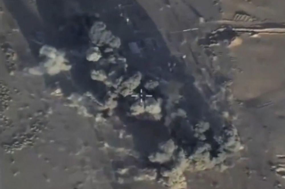 Всего в период с 12 июля в этом районе самолеты ВКС РФ нанесли более 50 авиаударов по объектам террористов.