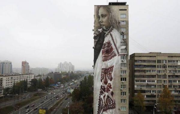 Вот еще на бульваре Леси Украинки
