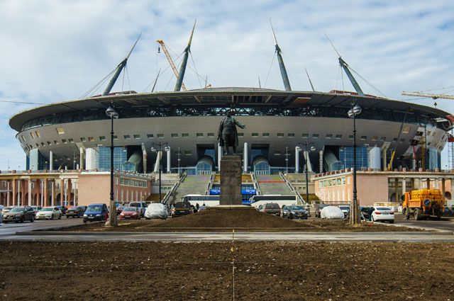 Строительство стадиона «Зенит-Арена» вСанкт-Петербурге.
