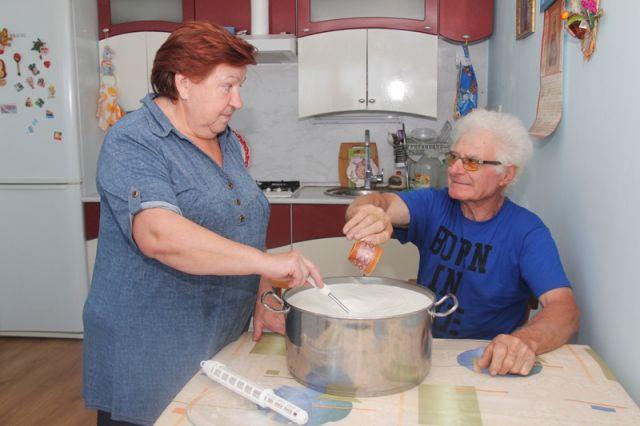 Нина и Бруно точно знают: не нужен и клад, когда в семье лад.