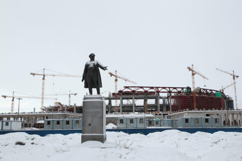 В апреле 2014 года вице-губернатор Санкт-Петербурга заявил, что стадион будет построен в мае 2016 года.